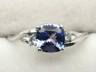 14K White Gold Tanzanite 0 8ct  Diamond 0 06Ct