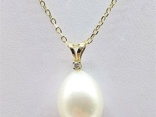 14kt  Yellow Gold genuine Freshwater Pearl