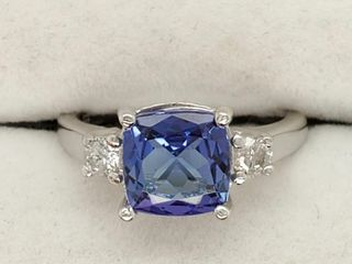 14K White Gold Tanzanite 2 7ct