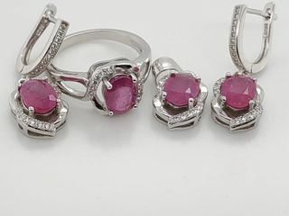Silver Ruby 6 4Ct  Cubic Zirconia Set