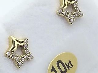 10kt  Yellow Gold CZ  Star  Earrings