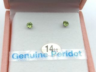 14kt  W  Gold 3mm genuine Peridot stud Earrings