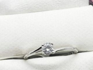 10K White Gold Diamond 0 23ct  Ring