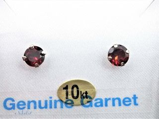 10kt  White Gold 5mm genuine Garnet stud
