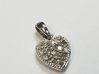 10K White Gold Diamond 0 26ct  Pendant