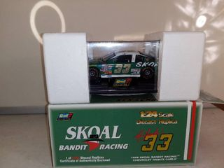 Revell Collection Ken Schrader Skoal Bandit Racing Diecast Replica 1 Of 5 598