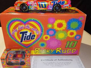 Revell Ricky Rudd  10 1999 Tide Ford Taurus 1 24 Scale Diecast Replica Bank Set