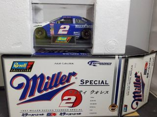 REVEll  2   1997 Miller Suzuka Thunder Special   Diecast Collectible Car  with Certificate of Authenticity
