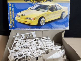 Revell 1992 Thunderbird Sc Coupe l r 1 25 Scale Kit 85 2832