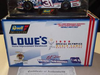 Revell Mike Skinner 1998 lowes Special Olympics Chevrolet Monte Carlo 1 24 Scale Diecast Replica