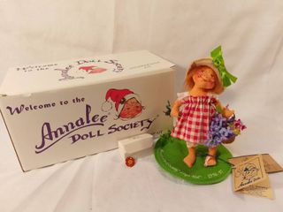 Annalee Doll Society Membership Kit 1996 1997 with Original Tag and Box