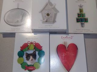 lot of 5 Hallmark Keepsake Ornaments