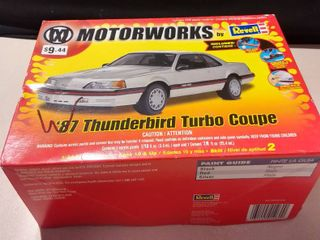 2005 Revell Model Motorworks  87 Thunderbird Turbo Coupe Kit Rare