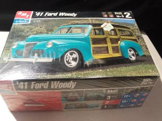 Vtg Amt ertl 1941 Ford Woody Model Kit 1 25 Scale 1999
