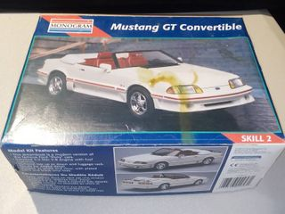 Monogram 1 24 2953 1992 Ford Mustang Gt Converitble Car Model Kit
