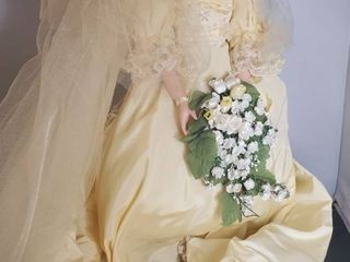 The Danbury Mint  Princess Diana Bride Doll