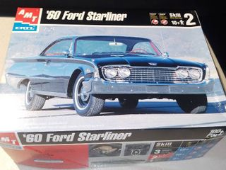 1960 Ford Starliner 2 Door Hardtop Amt Ertl 1 25 Model Kit
