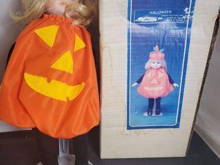 Halloween House of loyd  Porcelain Girl in Pumpkin Costume