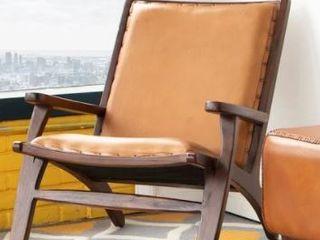 Mid Century Modern Margot Tan Accent Chair   32  x 26  x 30  Retail 571 49