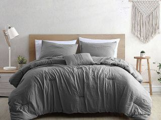Modern Threads Beck Comforter Set with Coordinating Throw Pillow  Grey  King