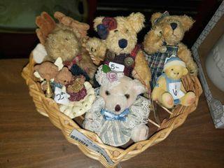 Heart Shaped Basket with Bear Decor