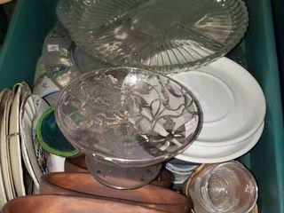 lot of Misc  Dishware  TOTE NOT INClUED BRING OWN BOX