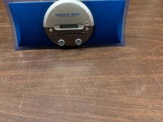 Sharper Image AM FM clock radio