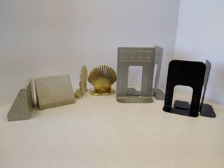 lot of 4 bookends