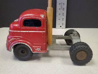 ANTIQUE 1950 S STRUCTO TOW TRUCK RED PRESSED STEEl CAB