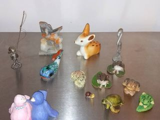 lot of 13 Minurature Figurines Frogs Birds Various Animals