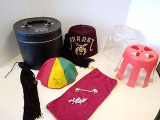 Ararat hat   box   beanie  extra tassel   pin   clasp   bag