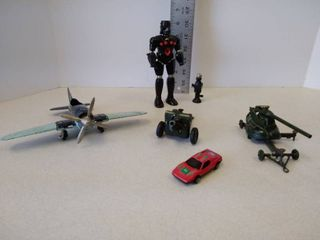 Miscellaneous lot of metal plastic toys