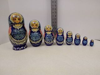 nesting dolls  eight