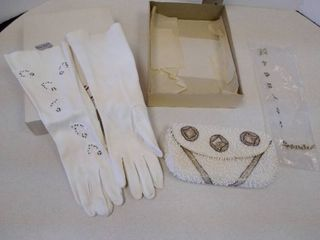 vintage gloves and hand purse