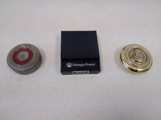 2 paperweights and a Medallion