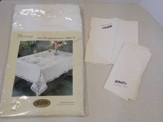 Christina lavish Battenburg tablecloth and napkin set