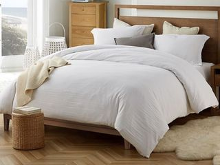 Natural loft Oversized King Comforter White  Includes 2 Shams