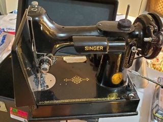 Singer Sewing Machine