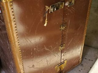 Antique Wardrobe Box With Key