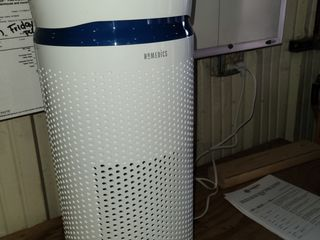 HoMedics Totalclean large Tower Air Purifier with Night light AP T40WT   powers on works but  an only use level 1
