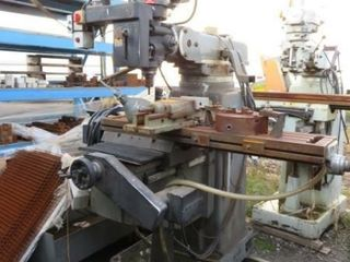 Nu Way 5VH 5HP Milling Machine with Vise