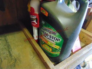 1 bottle of spectracide weed stop spray