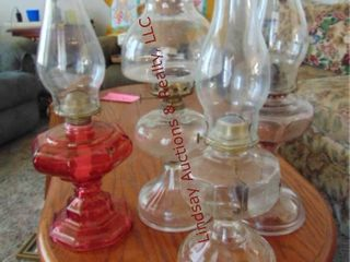 4 kerosene lamps w  chimney
