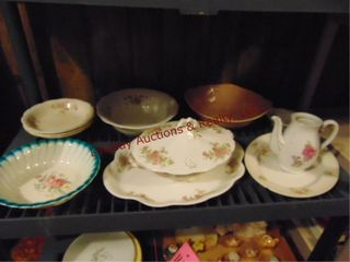 Approx 12 pcs  bowls  trays   other