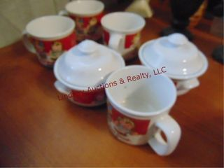 8pcs Campbell Soup Co  4 cups   2 bowls w  lids