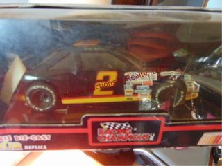 Nascar 1 24 Scale Die cast stock car replica  2