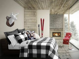 Queen Size Buffalo Comforter Set by Safdie and Co