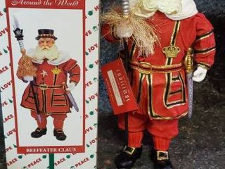 House of lloyd Christmas Around the World  Beefeater Claus