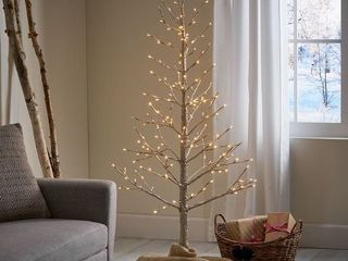Maryland 5 foot Pre lit 186 Warm White lED Artificial Christmas Twig Tree by Christopher Knight Home