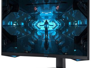 Samsung   Odyssey G7 32  lED Curved QHD FreeSync and G SYNC Compatible Monitor with HDR  DisplayPort  HDMI    Black Retails 799